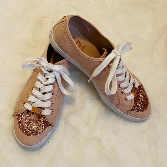 G by Guess Shoes - Pink & Rose Gold Guess Glitter Sneakers Shoes sz 8